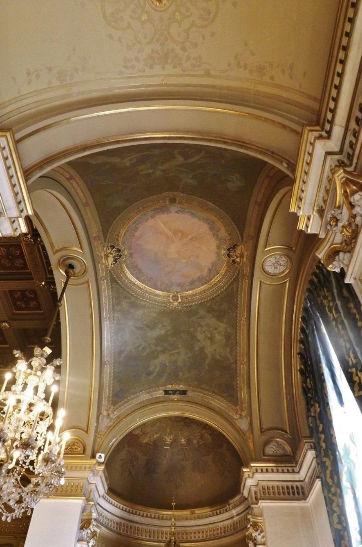 décor salles postérieures salle fêtes (là où horloge)