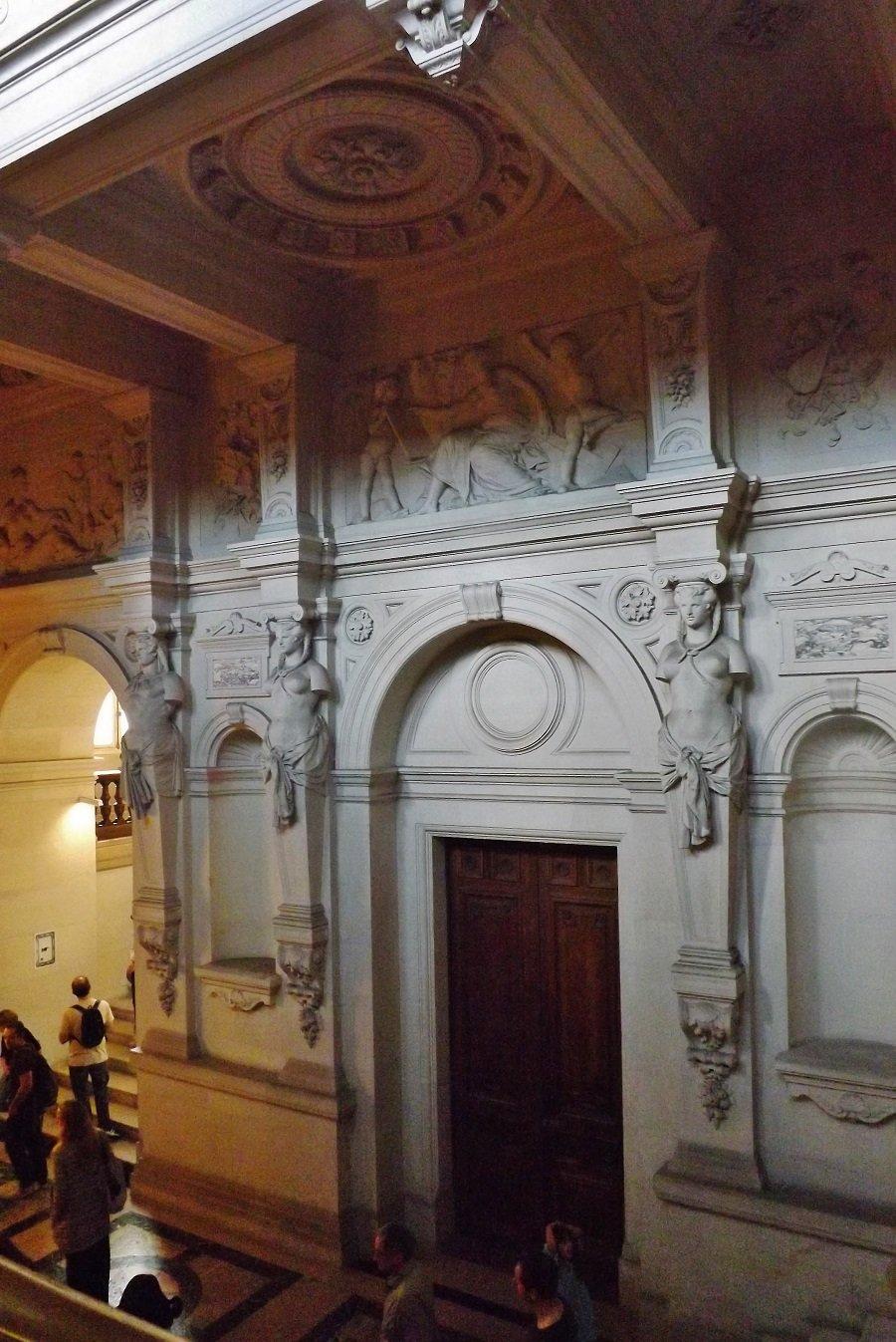 escalier d ela maire2